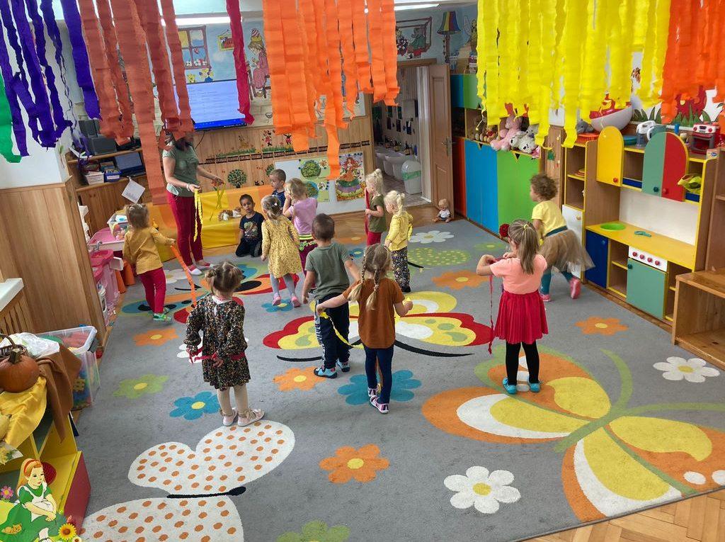 Taniec kolorowych liści